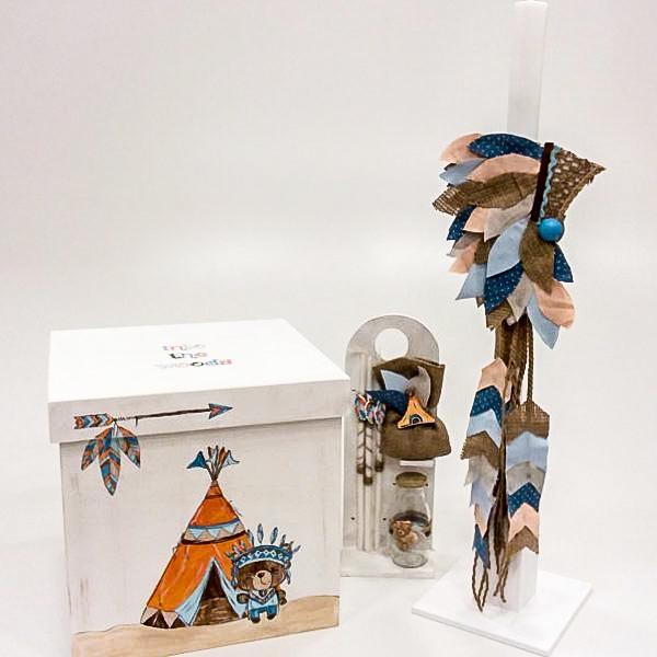 """Ξύλινο κουτί βάπτισης """"ο μικρός ινδιάνος"""" by elena manakou  Χειροποίητο ξύλινο κουτί βάπτισης """"ο μικρός ινδιάνος"""" ζωγραφισμένο στο χέρι και διακοσμημένο με υφάσματα στα ανάλογα χρώματα, συνδυάζεται με τη λαμπάδα, το λαδοσετ (μπουκαλάκι, σαπουνάκι και 3 μικρά κεράκια) όλα στο ίδιο ύφος με το κουτί."""