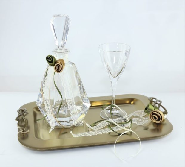 Δίσκος κουμπάρου από ξύλο θαλάσσης πρώτης ποιότητας συνοδευόμενος από καράφα και ποτήρι από κρύσταλλο Βοημίας (120) NEDI X 010