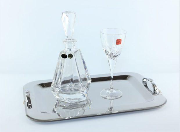 Δίσκος κουμπάρου από ίνοξ συνοδευόμενος από καράφα και ποτήρι από κρύσταλλο Βοημίας (130) NEDI 020
