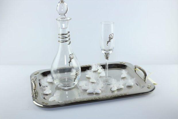 Δίσκος κουμπάρου από ίνοξ συνοδευόμενος από καράφα και ποτήρι από κρύσταλλο Βοημίας (150) NEDI 023