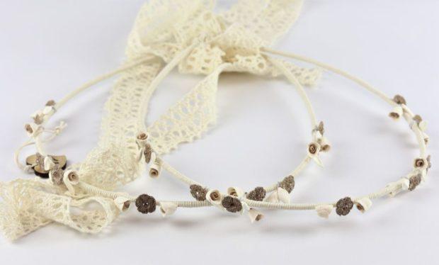 Ρομαντικά Στέφανα Γάμου από πορσελάνινα λουλούδια πέρλες συνδυασμένα με πέτρες Swarovski σε πολυτελή θήκη (70) NESTP 002