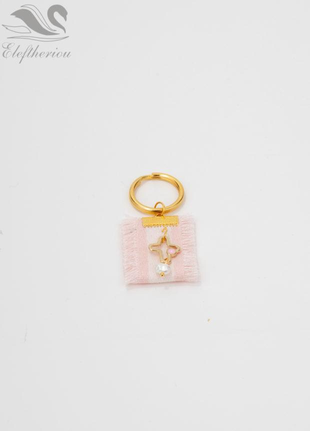 Μαρτυρικό βάπτισης για κορίτσι με ροζ λεπτομέρειες